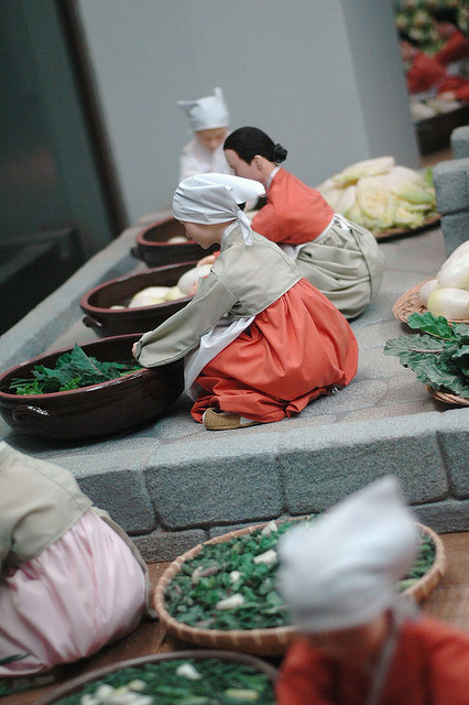 Reproduction de scène de fabrication du Kimchi